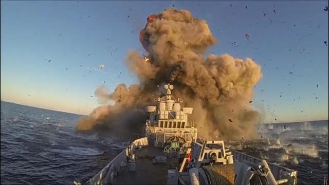 엄청난 위력의 미사일 시험 발사