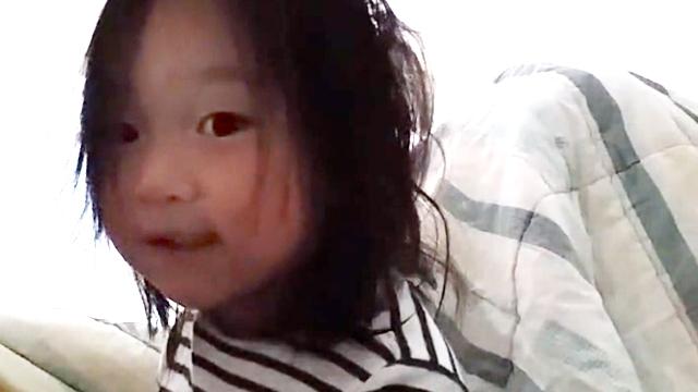 2살 작곡천재? 귀여운 자작곡