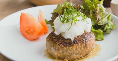 고기부터 다른 일본식 함박스테이크