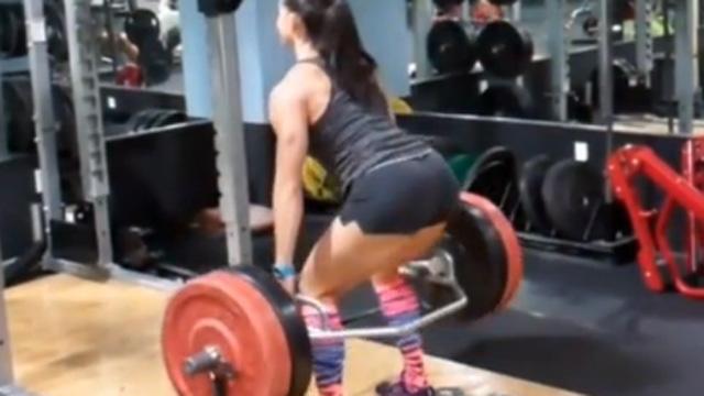 남자보다 나은 그녀의 근력운동