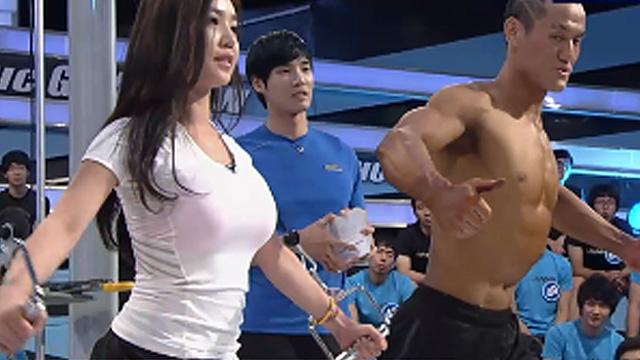 완벽 가슴근육 완성하는 운동법