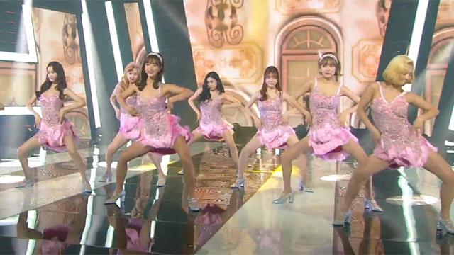 1위 차지한 화려한 댄스 무대