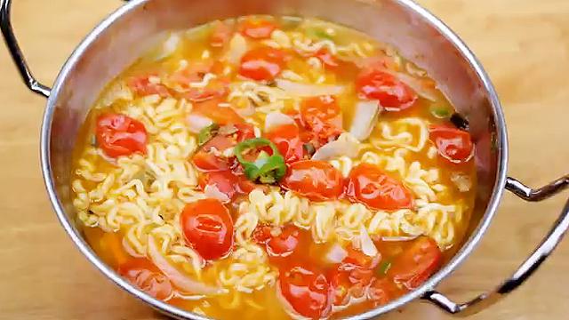 토마토 들어간 라면의 맛은?