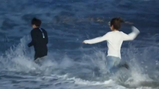 한겨울 추위도 잊은 바다 입수