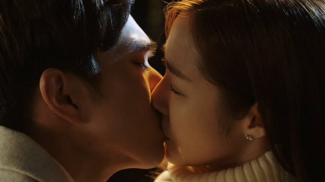 유승호 박민영 눈물의 애틋 키스