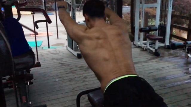 라인 잡아주는 허리 강화 운동법