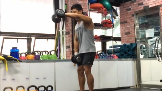 남자의 고민 어깨 넓어지는 운동