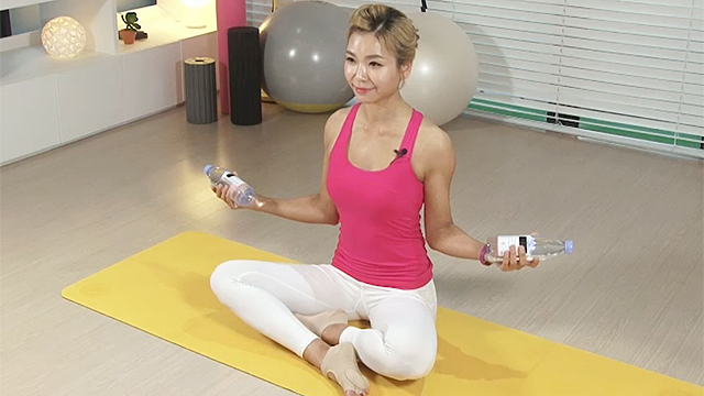 어깨 관절 통증 완화 운동법