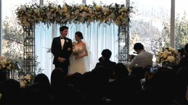 결혼 소식 화제였던 연예인 커플