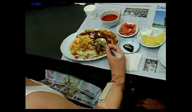 전자전박의수 4 : 식사 등 생활 전반