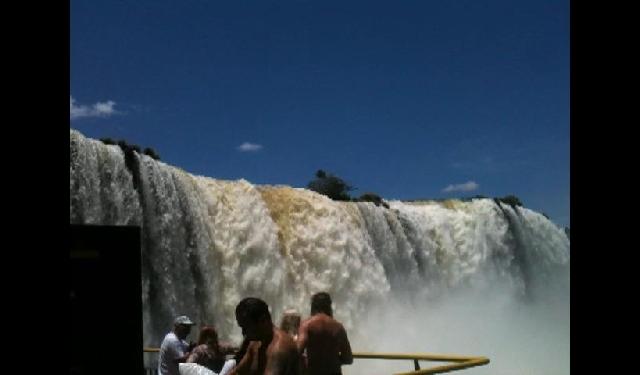 남미 이과수 폭포
