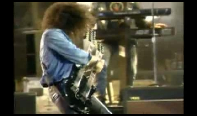 Guns N' Roses - Knockin' On Heaven's Door